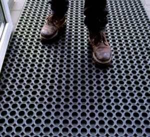 tapis caillebotis caoutchouc 22mm
